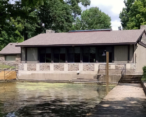 Lakeside Lodge in Sharon Woods
